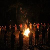夜の活動(営火)