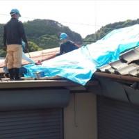K氏宅 倉庫の瓦取りはずし~撤去作業、ブルーシート張り
